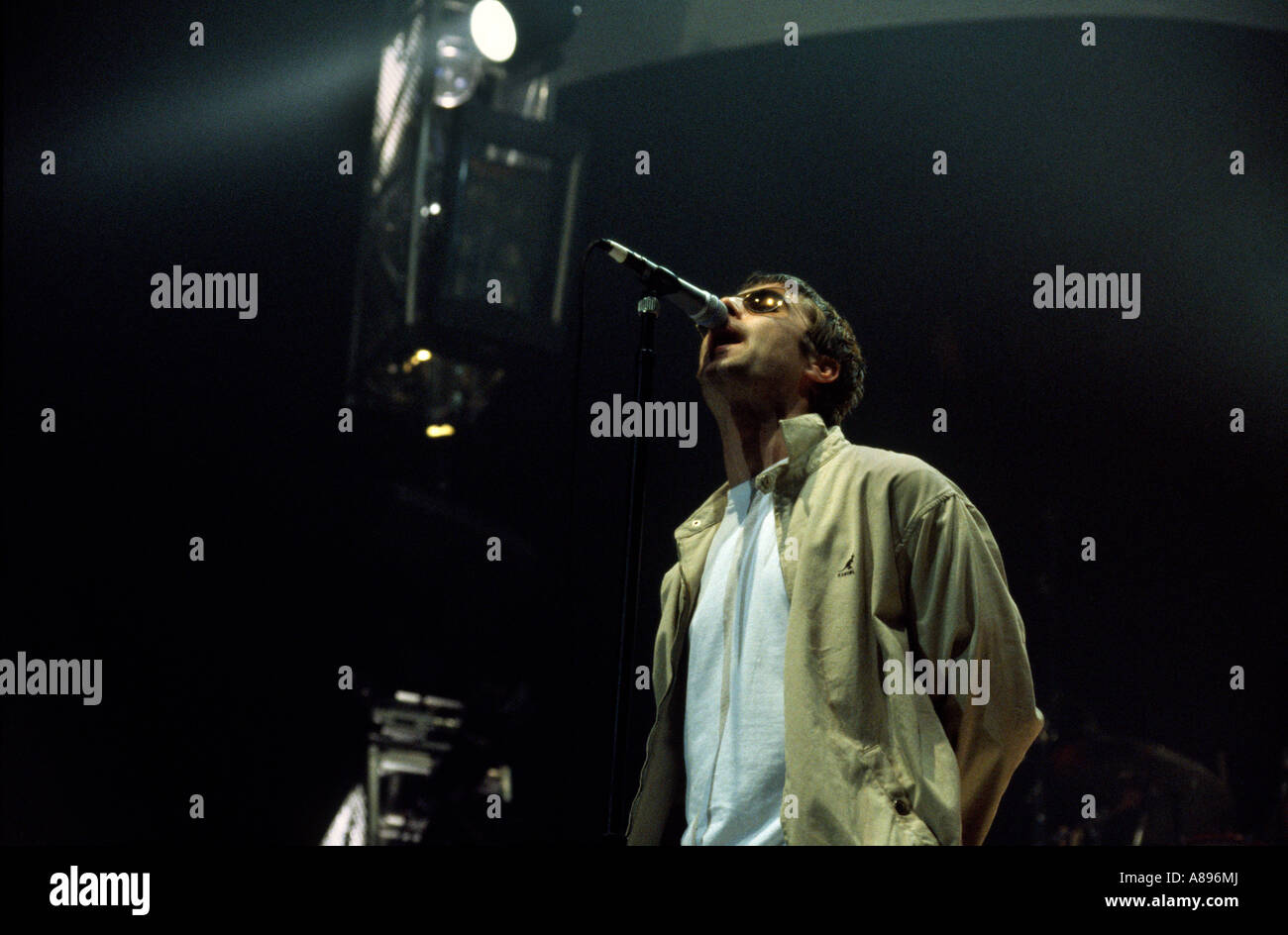 oasis playing live in birmingham noel gallagher liam gallagher - Stock Image