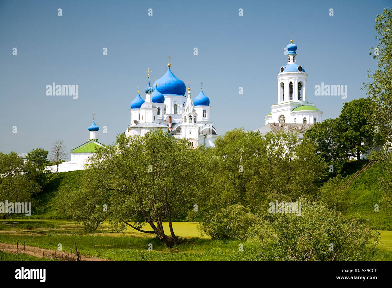 The church of the Nativity of the Holy Virgin and Assumption cathedral, Bogoljubovo, Vladimir, Russia - Stock Image