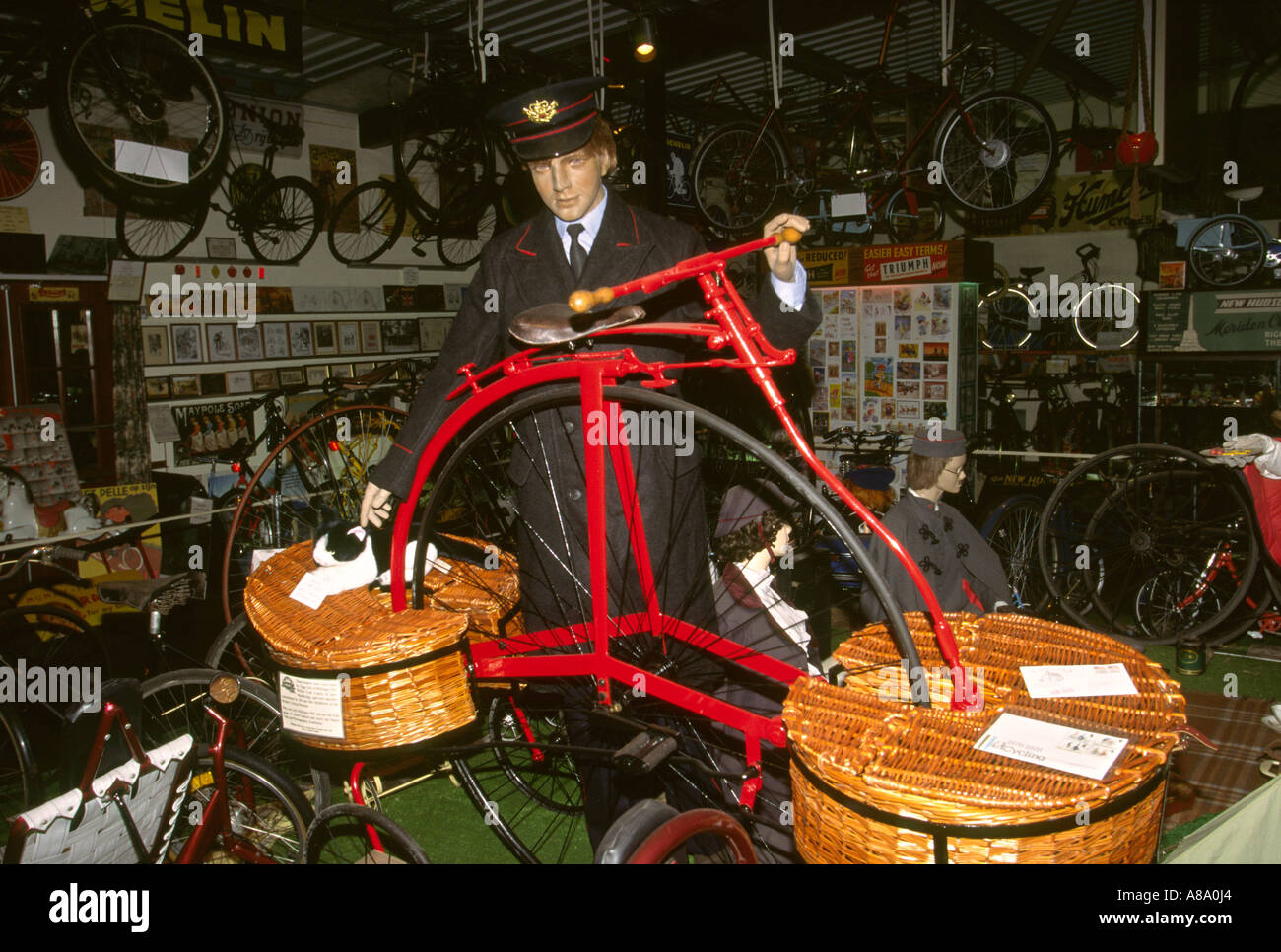 UK England Cornwall Delabole National Cycling Museum Postal Bike - Stock Image