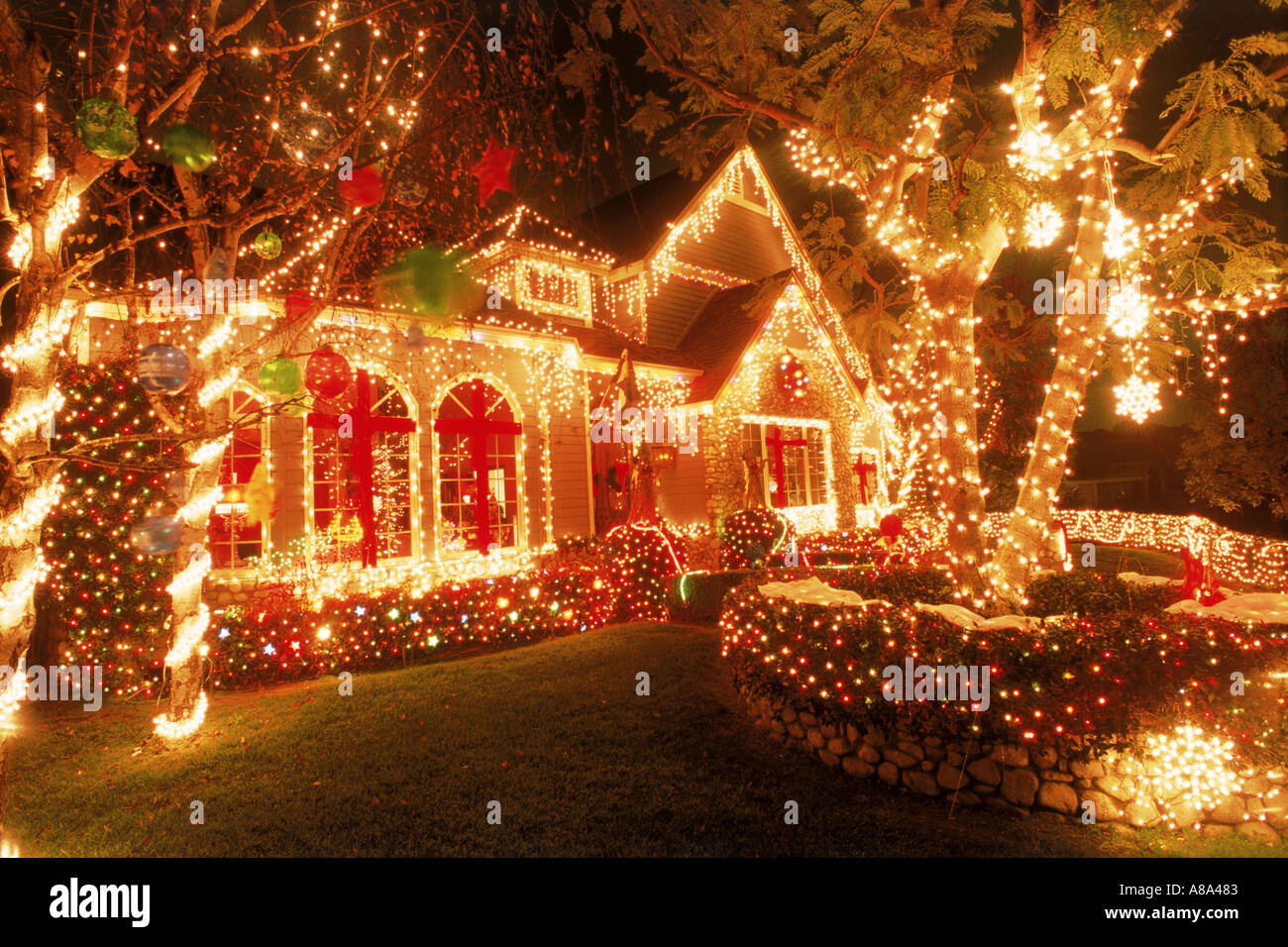 House in California with Christmas decorations at night ...