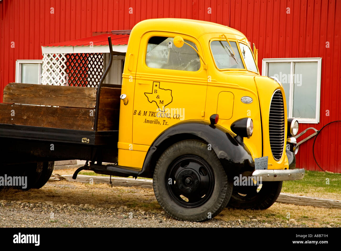 antique stores amarillo tx Old Truck Outside Antique Store Amarillo Texas USA Stock Photo  antique stores amarillo tx