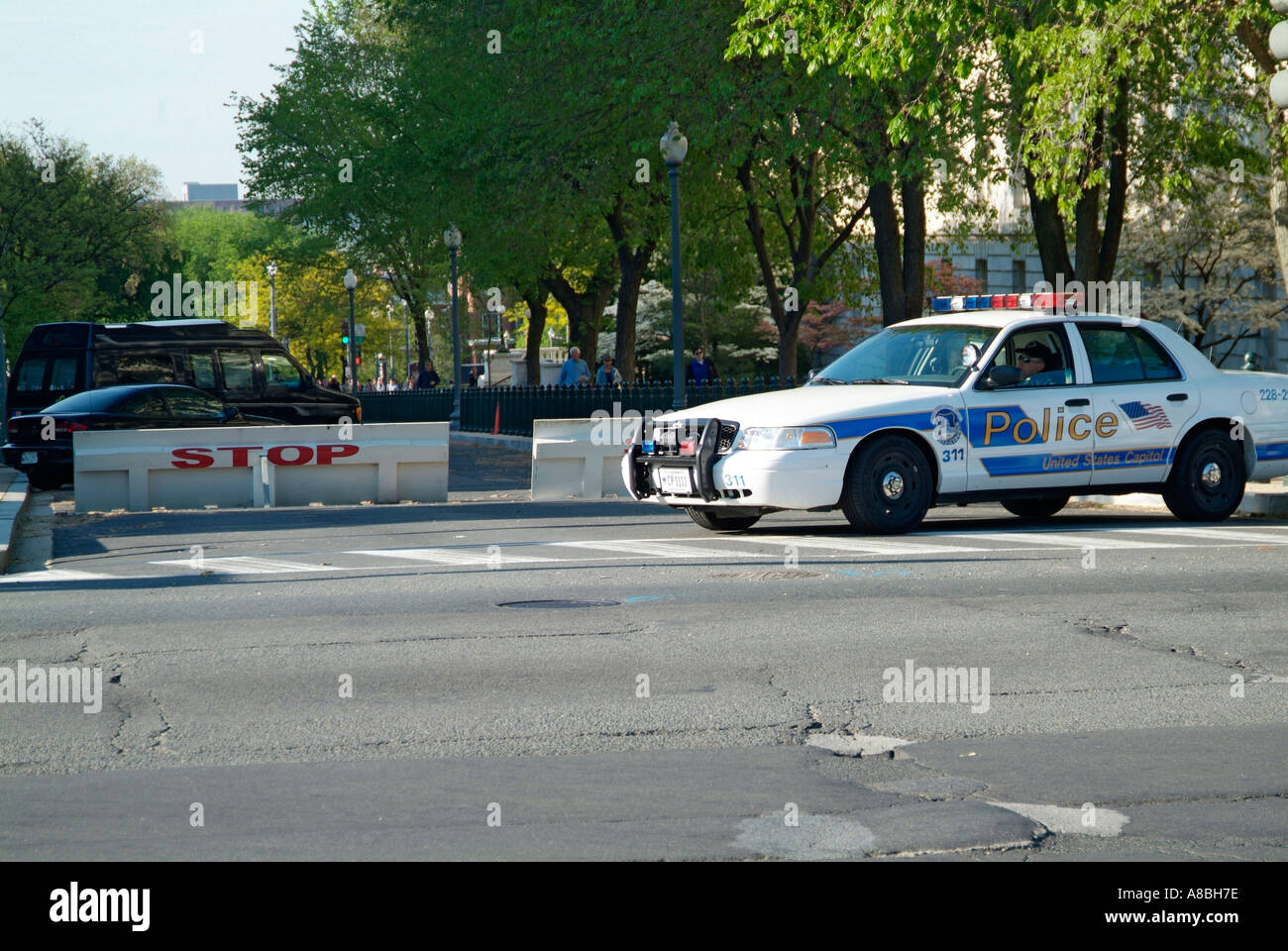 Homeland Security stationed at the Capitol Building - Stock Image