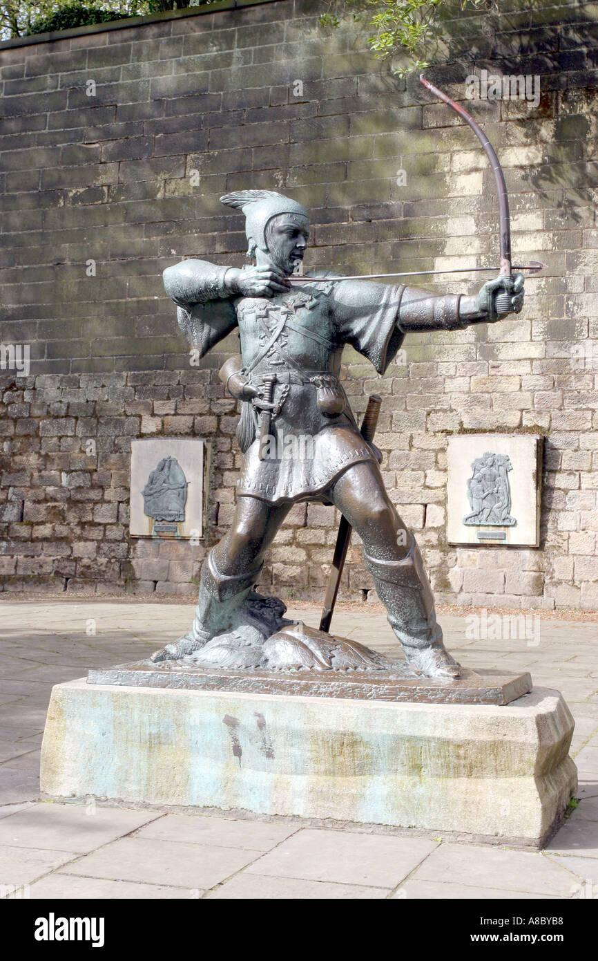 Robin Hood Statue, Nottingham - statue below Nottingham Castle - Stock Image