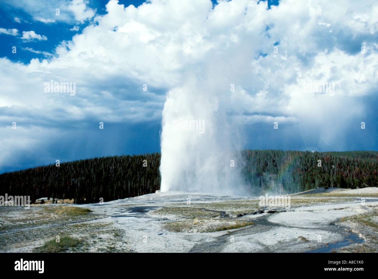 Wyoming Yellowstone National Park Old Faithful Geyser - Stock Image