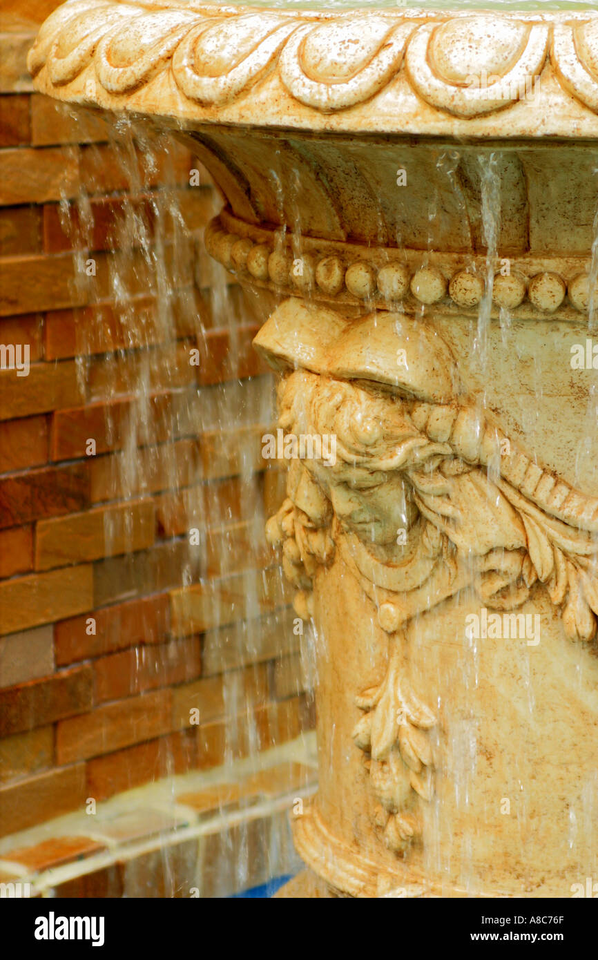 sculpture fountain pledge wish fountain architecture happy Landscape Hong Kong outdoor water sculpture outdoor decoration - Stock Image