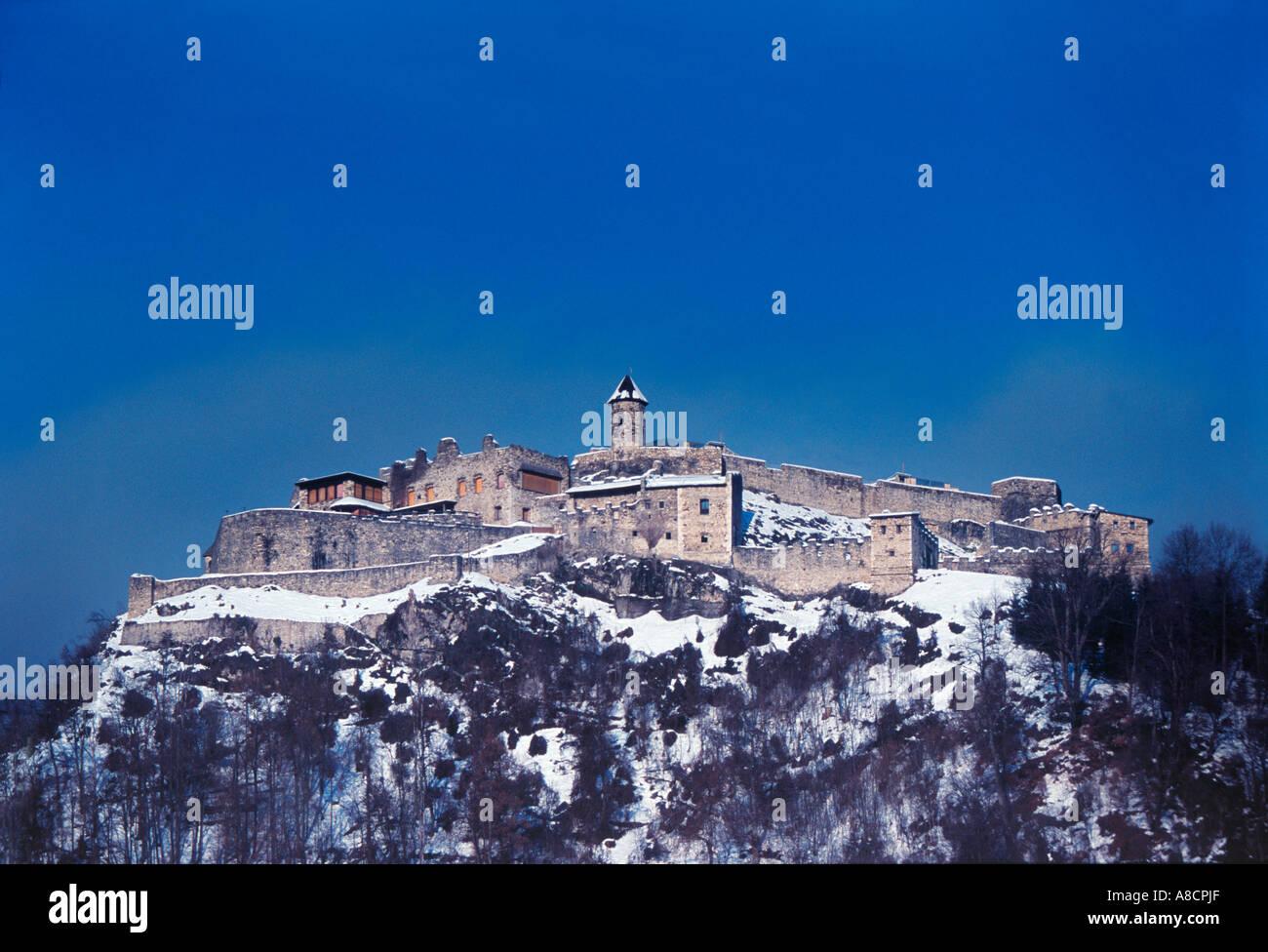 Burg Landskron -  Remains of Landskron Castle on the top of a 676 m high hill, Villach, Kärnten  Austria Stock Photo