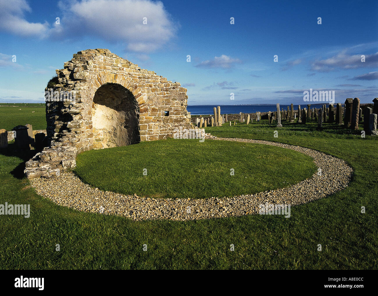 dh St Nicholas Church ORPHIR ORKNEY Church only known Scottish Round kirk Stock Photo