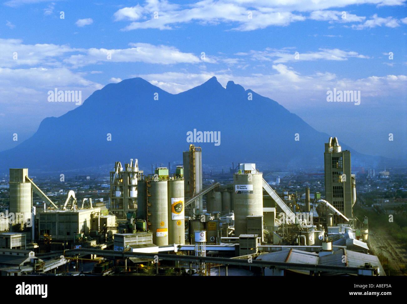 Idaho Cement Plants : The cemex cement plant in monterrey nuevo leon mexico