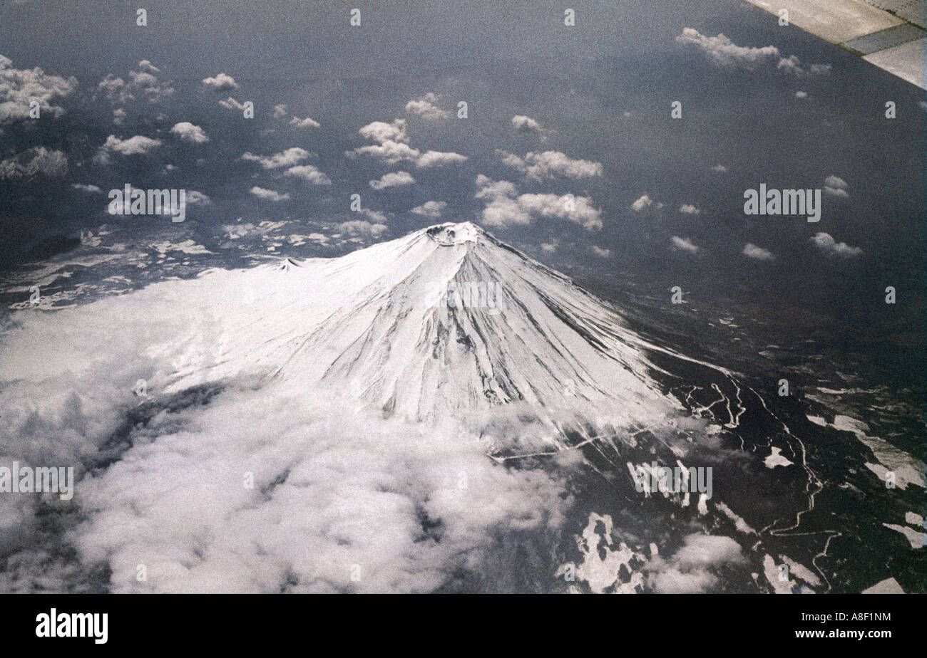 geography / travel, Japan, landscapes, Mount Fuji, aerial shot, Additional-Rights-Clearances-NA - Stock Image