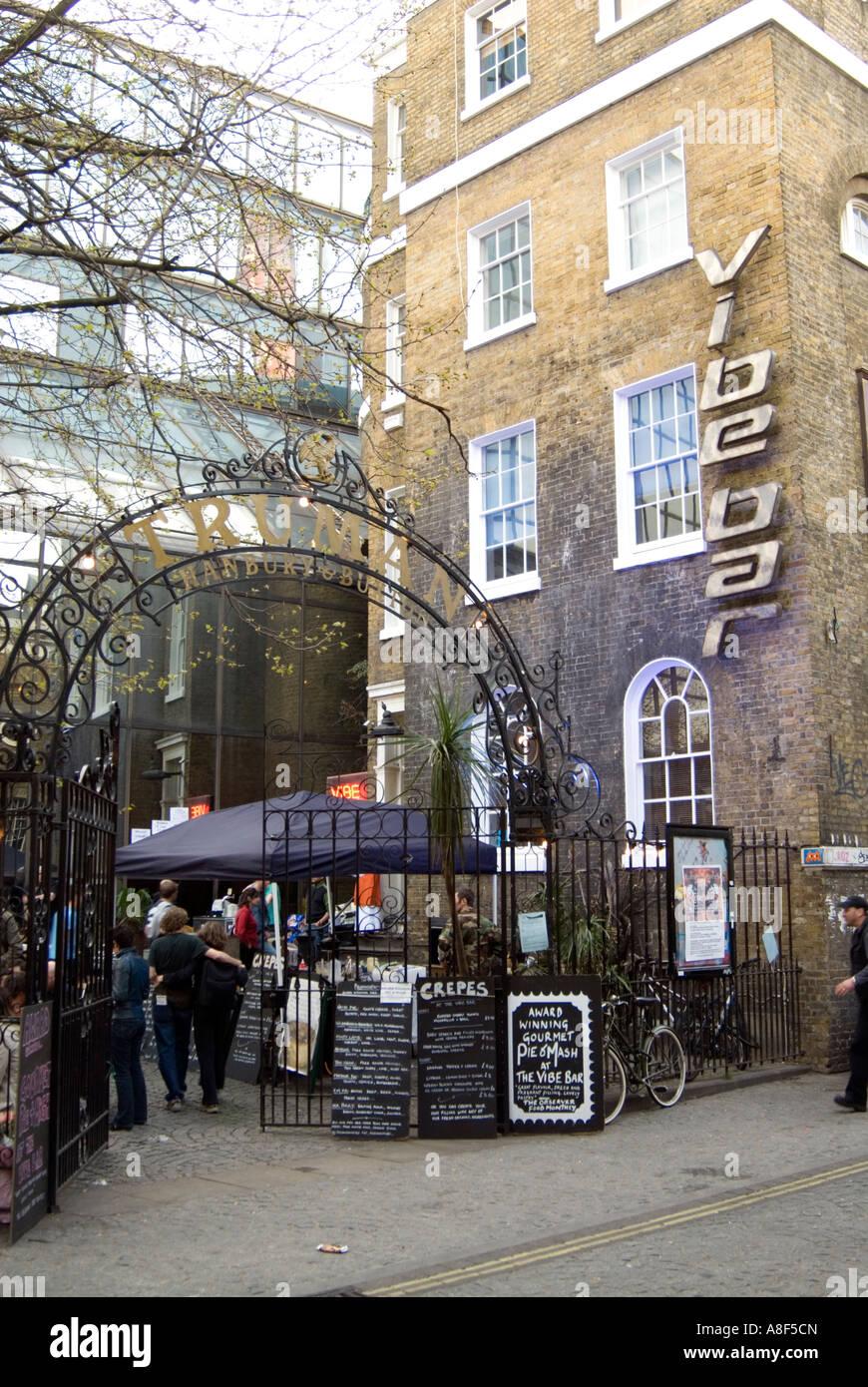 Vibe Bar, Brick Lane, Tower Hamlets, London, England, UK - Stock Image