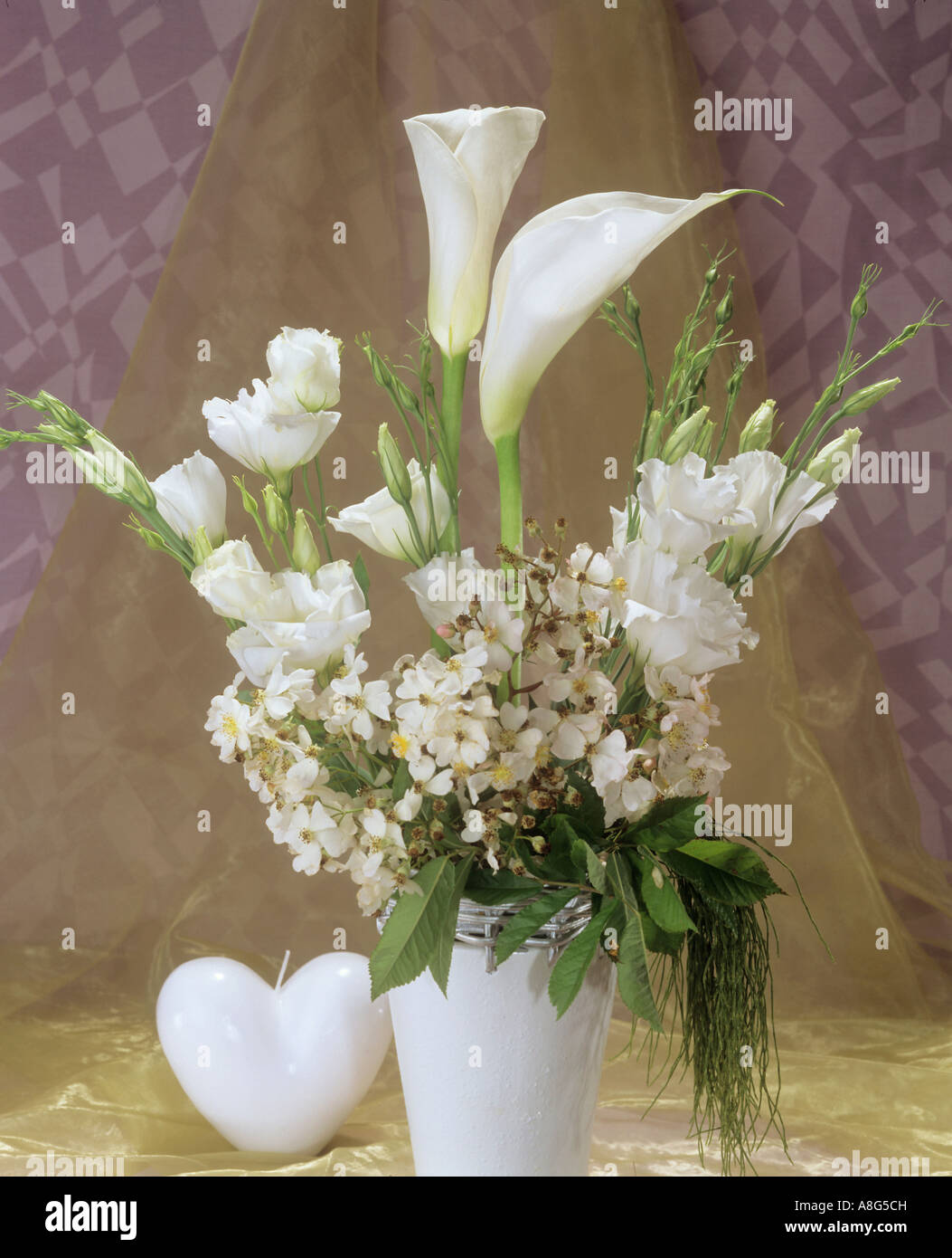 bouquet with callas , roses and eustoma - Stock Image