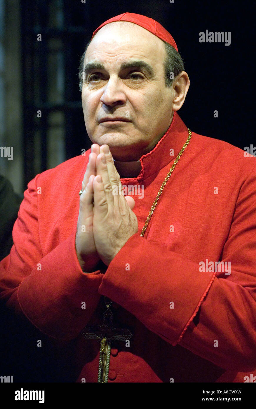 David Suchet playing Cardinal Benelli in The Last Confession Chichester Festival Theatre May  2007 Directed by David - Stock Image