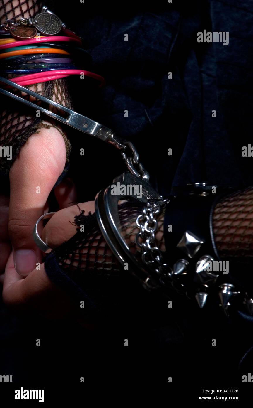 Teen girl nude dreadlocks
