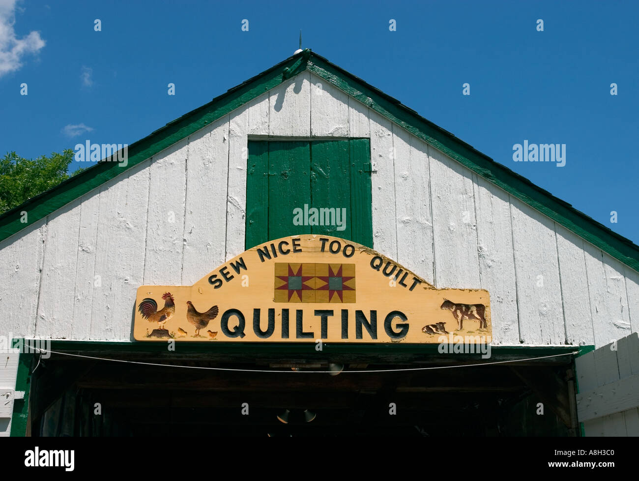 Sign Over Entrance To Quilt Shop Amish Farm And House Lancaster