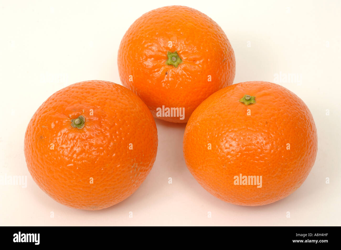 Satsumas supermarket bought and in normal shop condition - Stock Image