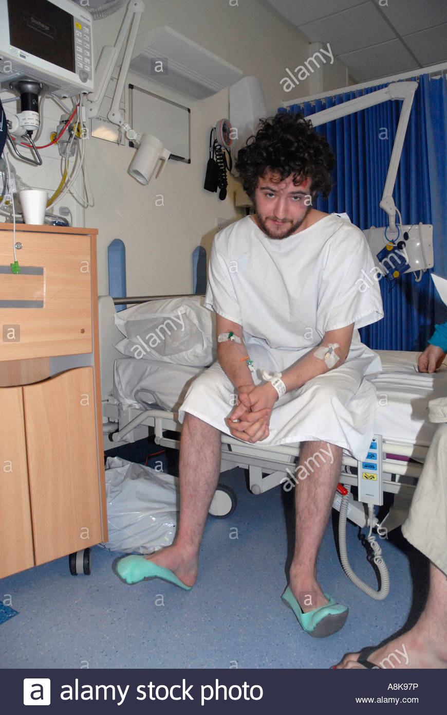 Young man in 20\'s in hospital ward after road accident Stock Photo ...
