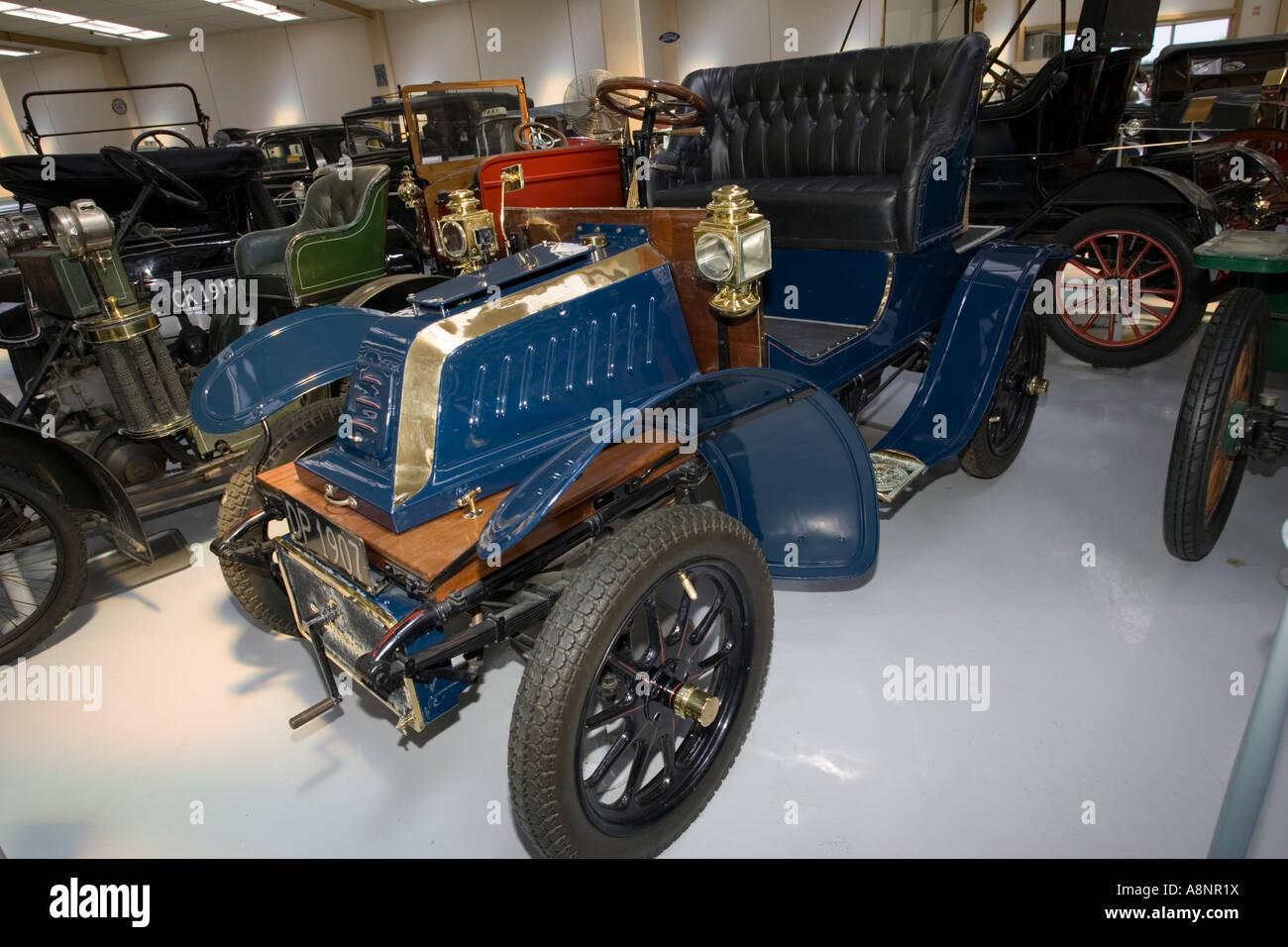 1907 veteran De Dion Bouton French AL single cylinder water cooled motor car Southward Motor Museum Paragaraumu - Stock Image