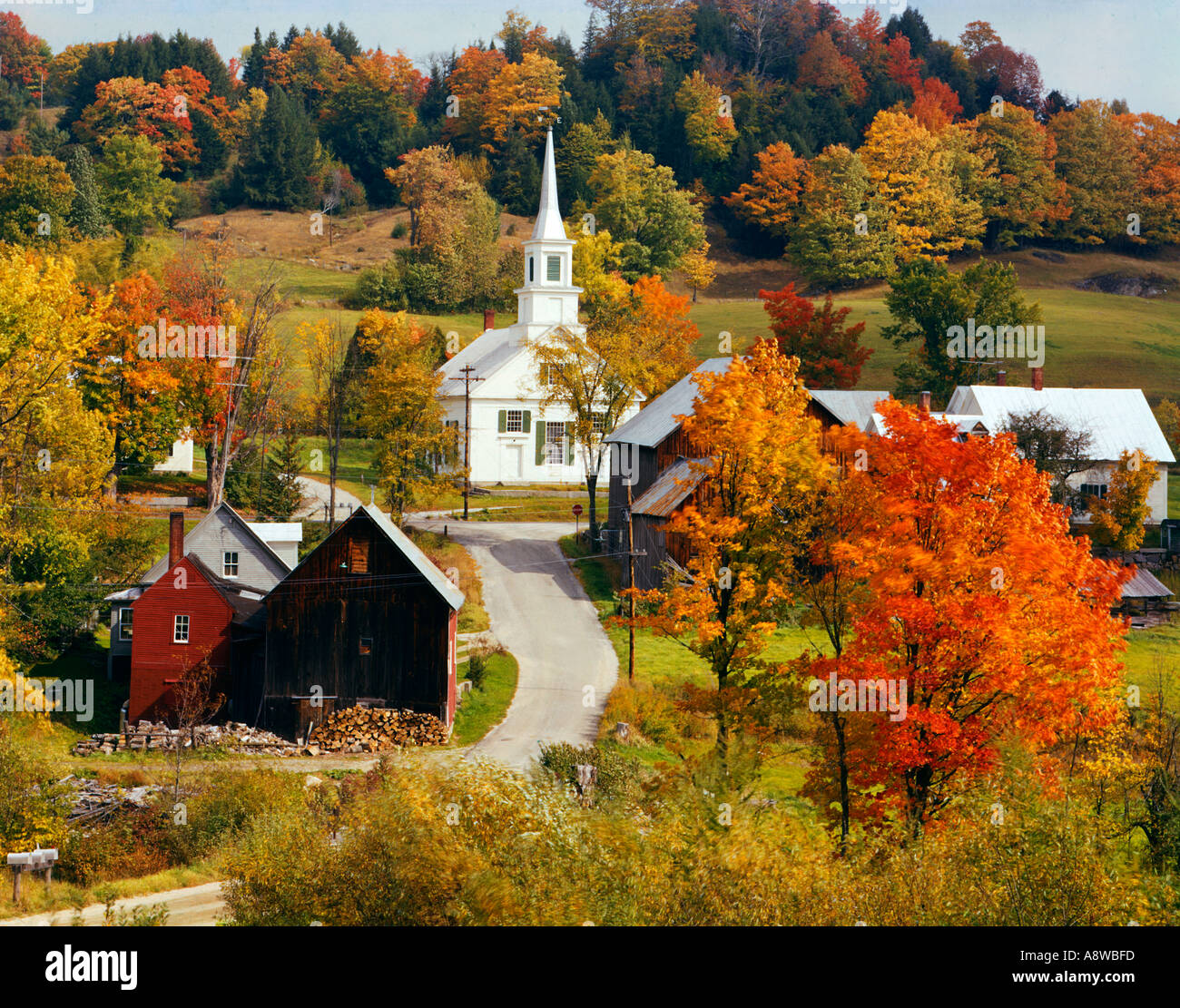 Best Small Towns To Live In Village Of Waits River Vermont Usa During Fall Foliage