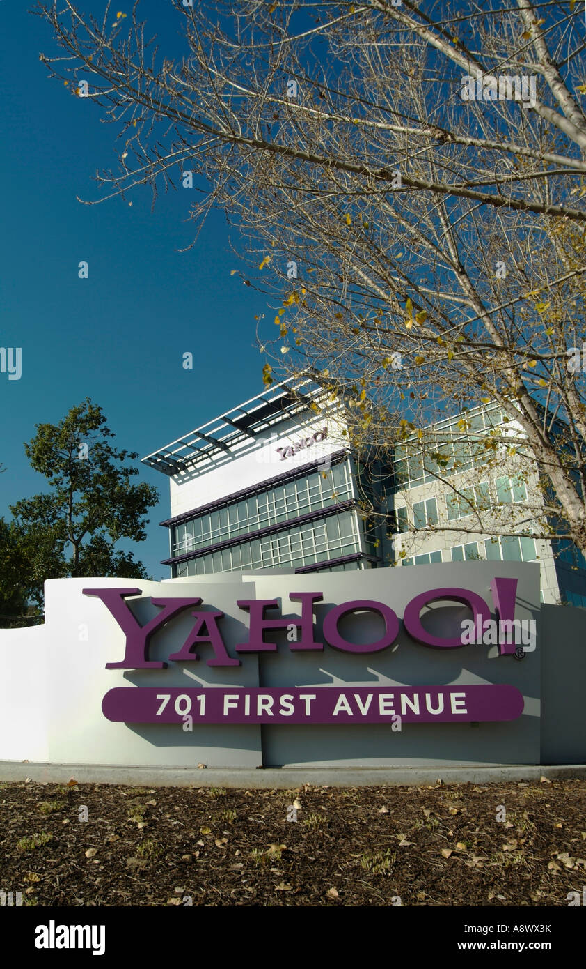 Yahoo! Sign outside of the Main Headquarters for building for Yahoo! Inc. in Sunnyvale CA  Photo by Chuck Nacke - Stock Image