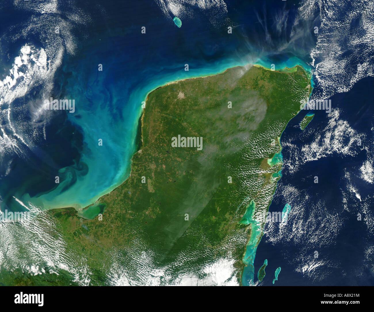 yucatan peninsula aerial stock photos & yucatan peninsula aerial