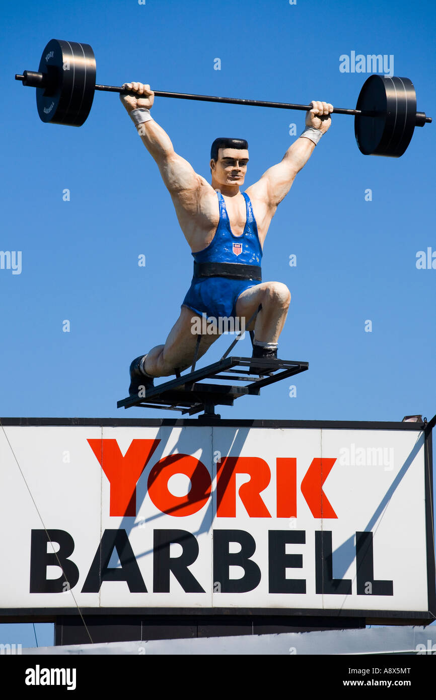 Mechanical weightlifter at York Barbell manufacturing roadside attraction York Pennsylvania - Stock Image
