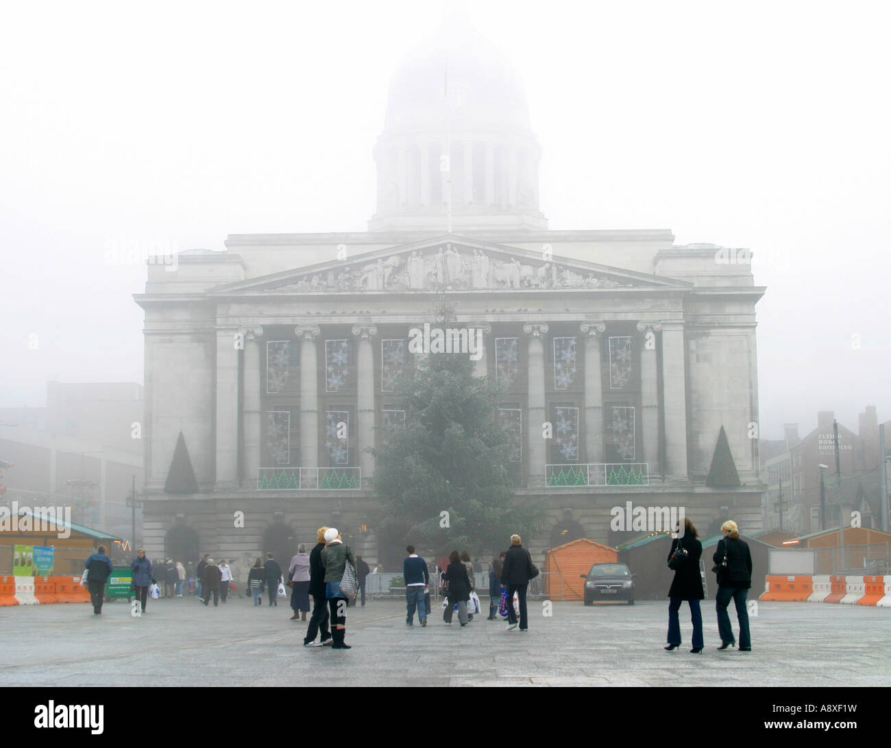 Fog in Nottingham's Market Square - Stock Image