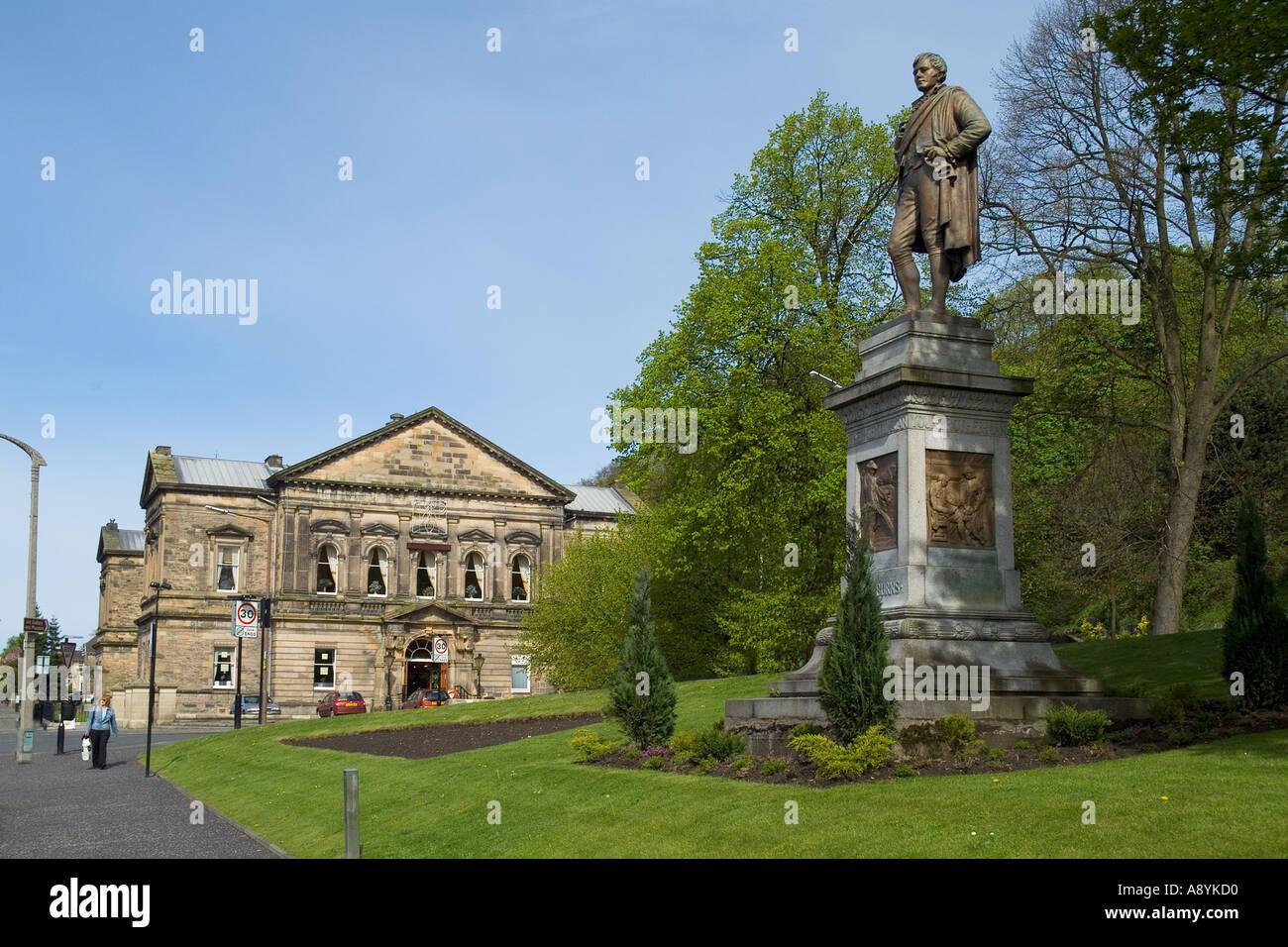 dh  STIRLING STIRLINGSHIRE Robert Burns statue scottish poet bard scotland rabbie historical scots Stock Photo