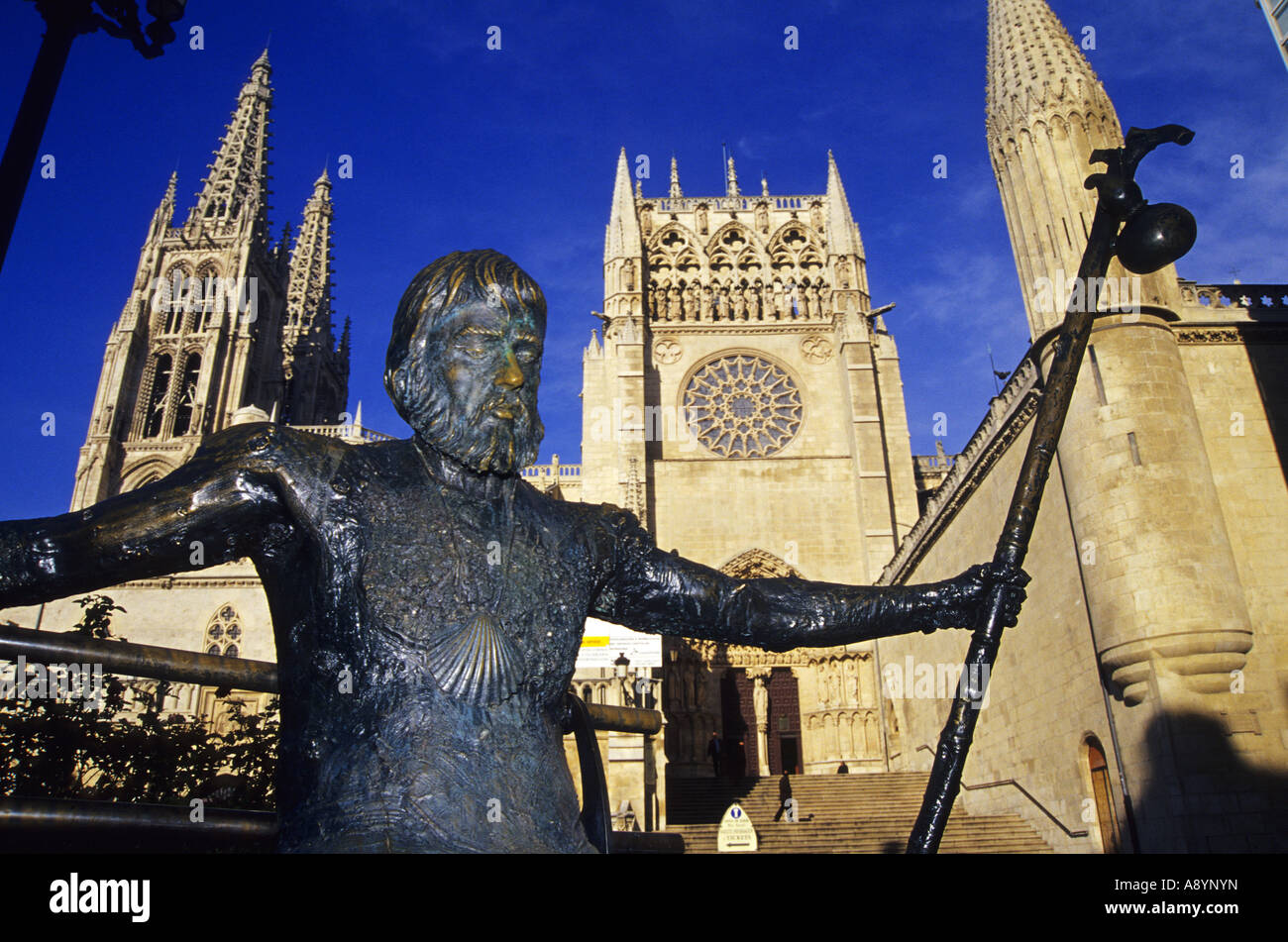Cathedral and statue of pilgrim to Santiago BURGOS Castile and Leon Spain - Stock Image