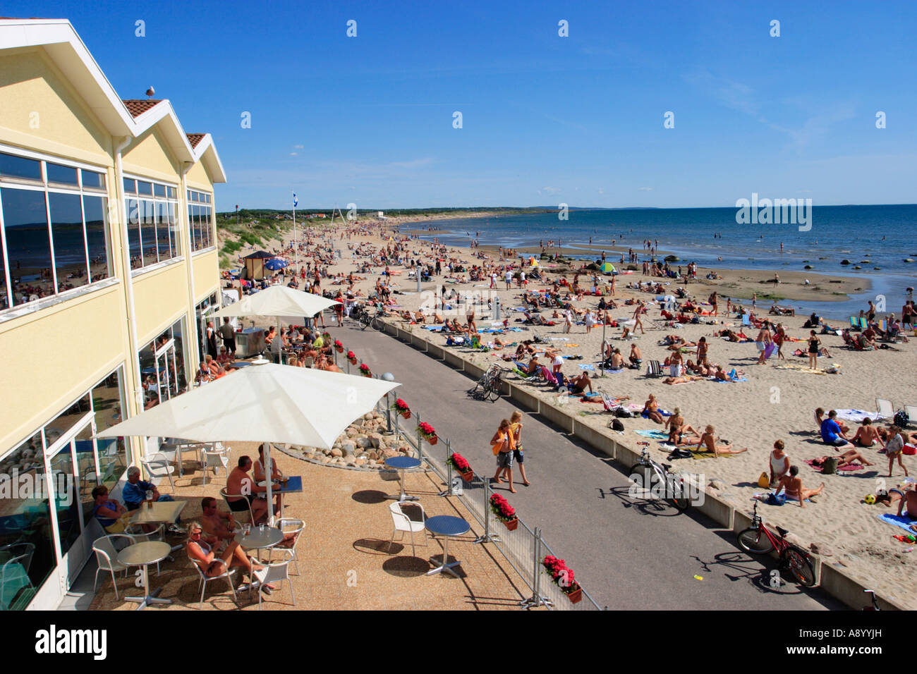 Restaurant on the beach - Stock Image