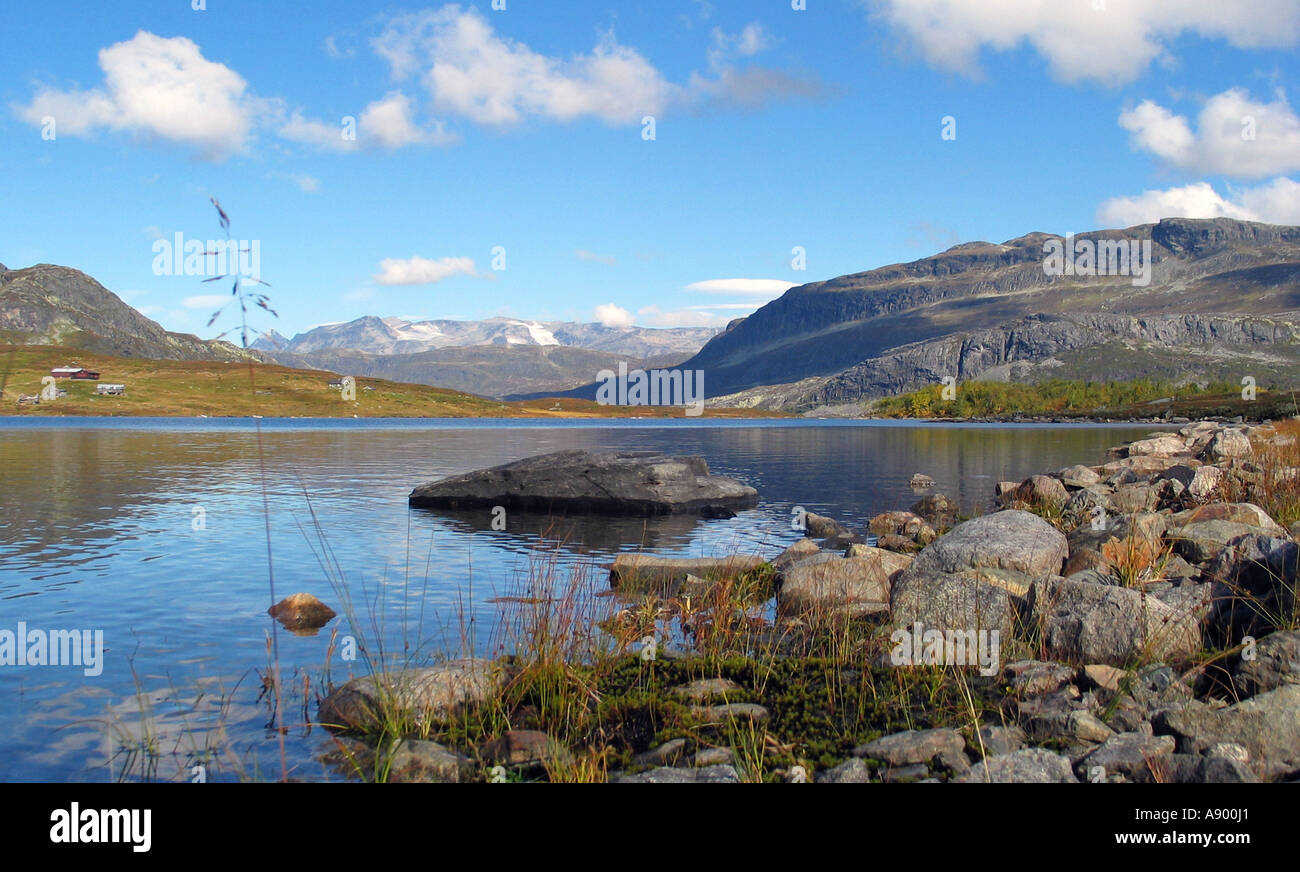 Lake in Jotunheimen / Slettefjell during indian summer, Jotunheimen, Norway - Stock Image