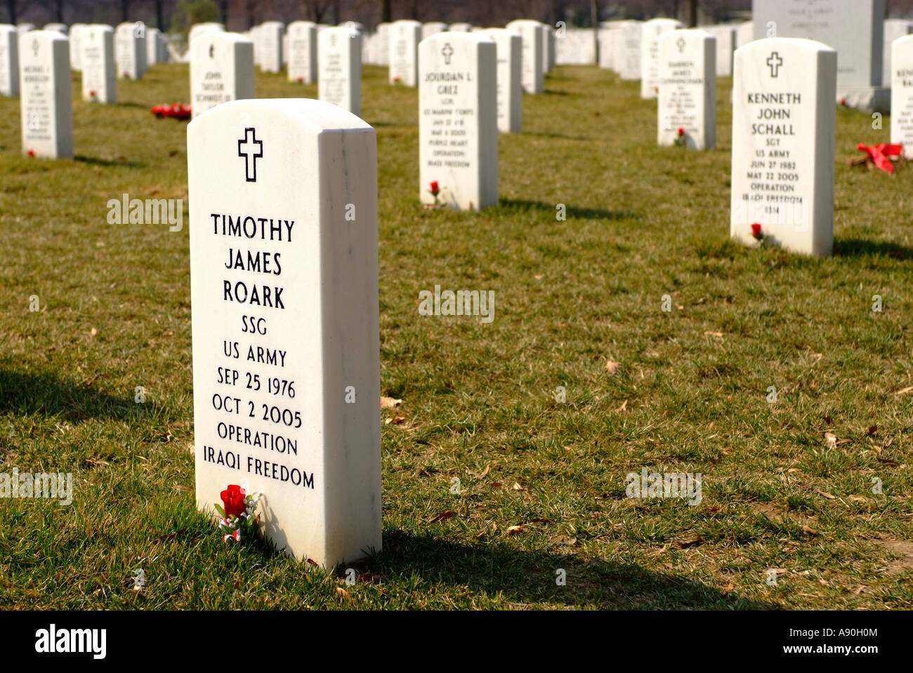 Headstones of Iraq war dead at the Arlington National Cemetery in Arlington VA - Stock Image