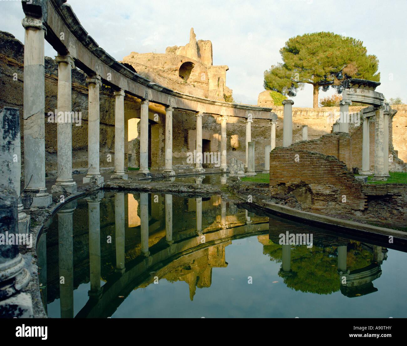 Villa Adriana (Hadrian's Villa), Tivoli, Italy, built for the Emperor Hadrian between 118 and 138 AD. The 'Maritime - Stock Image
