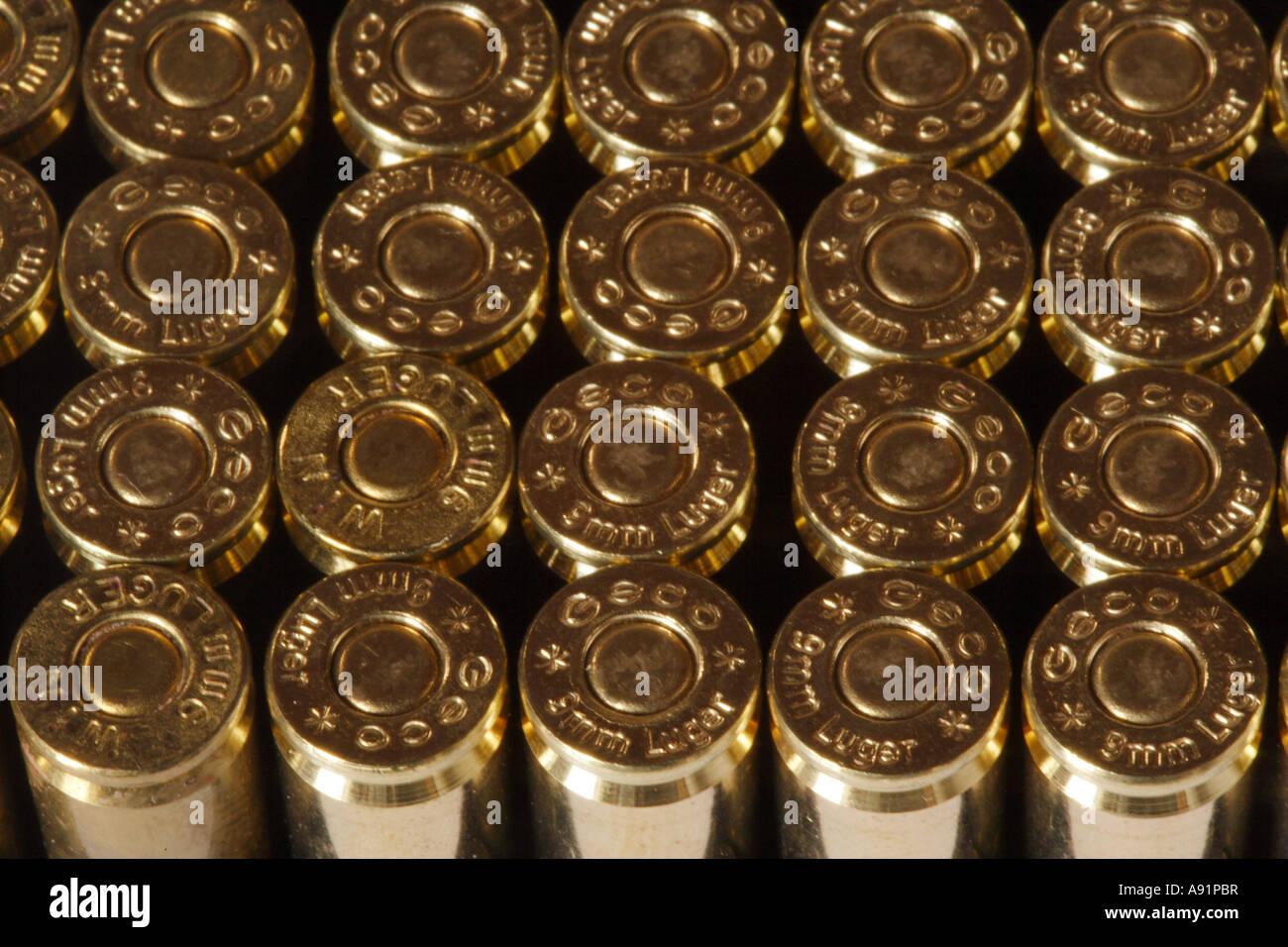 Pistol ammunition 9mm Luger Stock Photo: 12222250 - Alamy