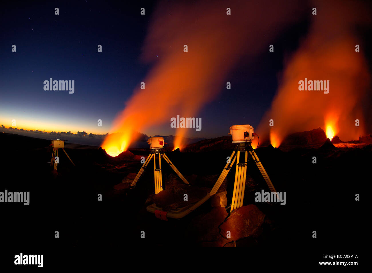 The many vents inside of Puu Oo vent and the USGS cameras - Stock Image