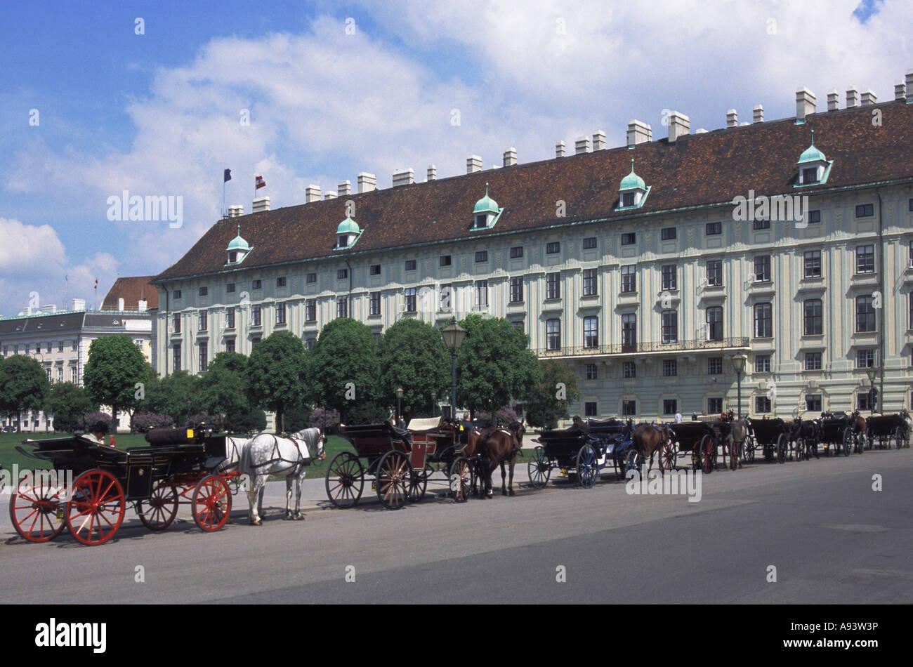 cab on the Heldenplatz - Stock Image