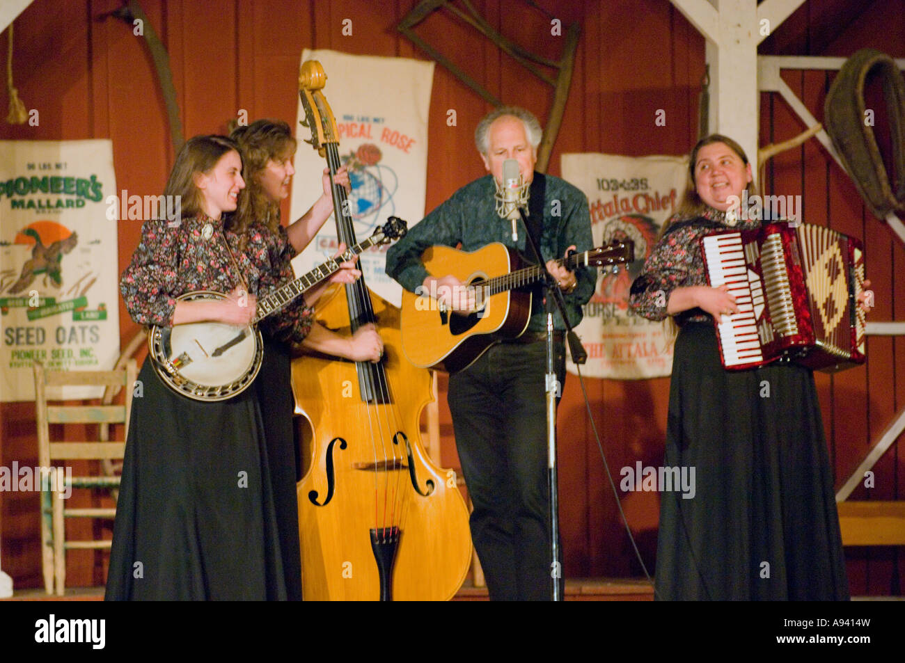 Folk musicians performing at a concert at the Ozark Folk Center State Park Mountain View AR - Stock Image