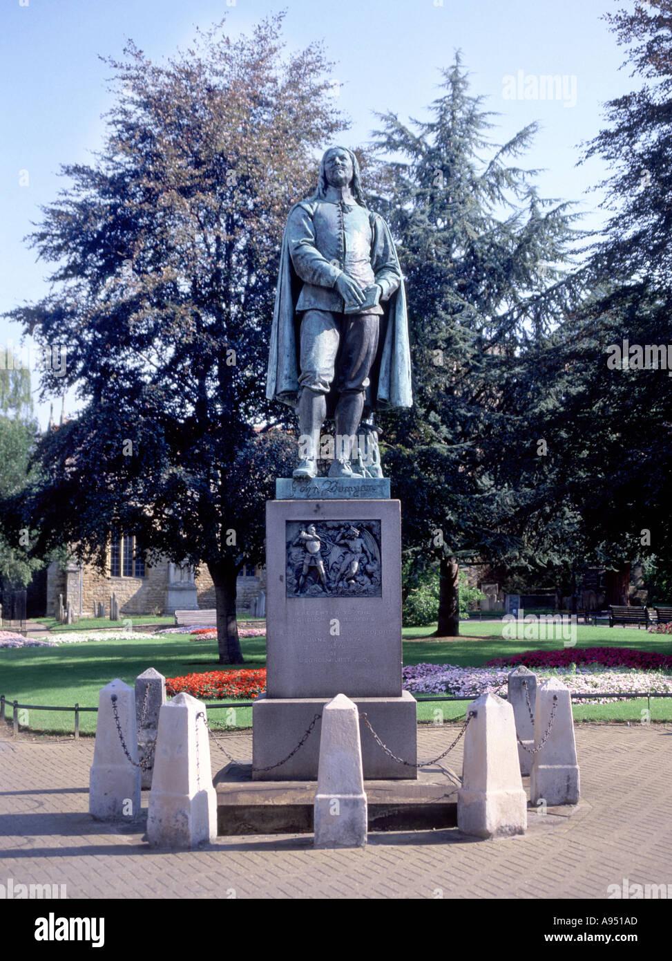 Bedford statue of John Bunyan writer Puritan minister author of The Pilgrim s Progress renowned religious allegories - Stock Image