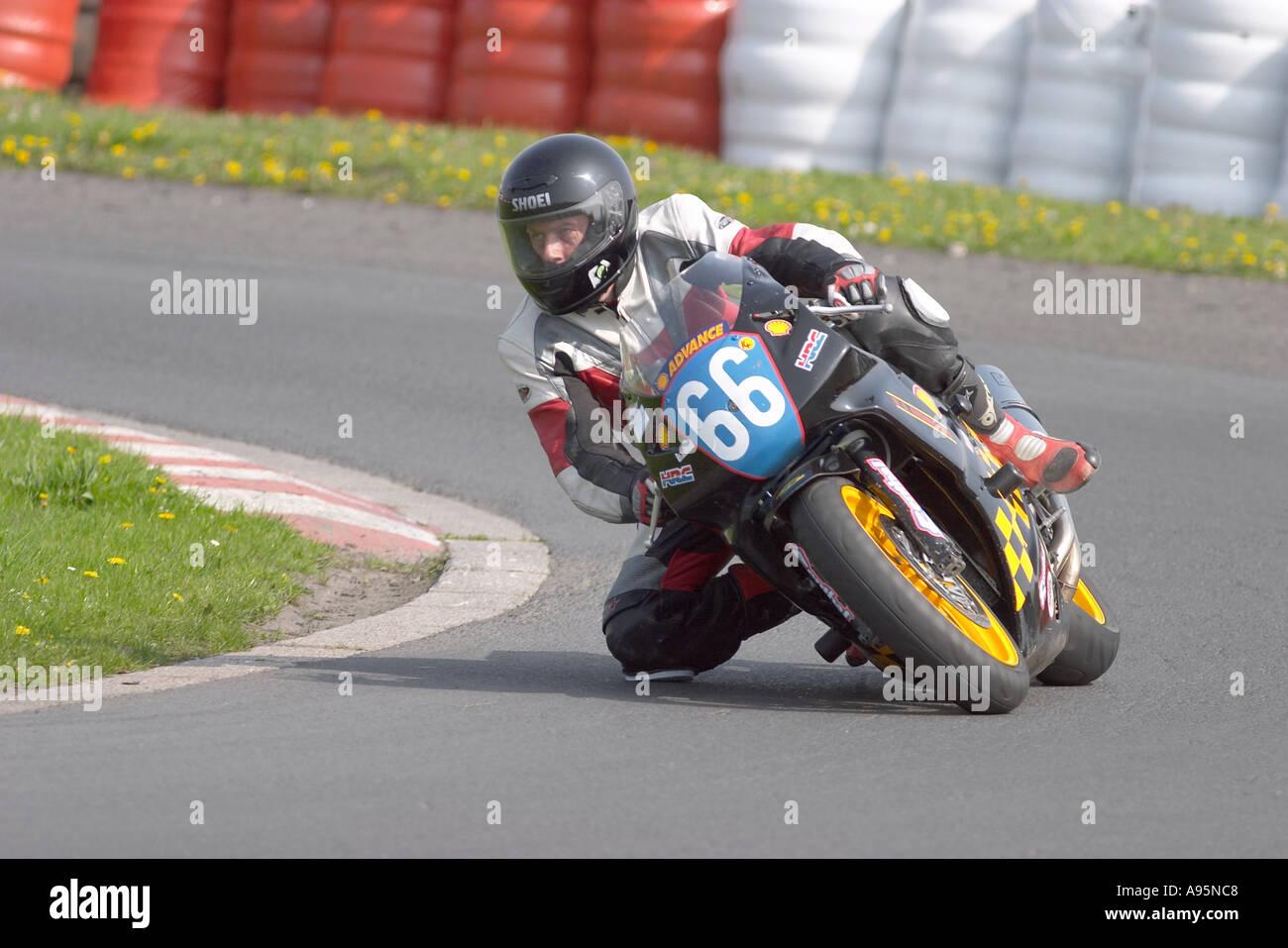 Three Sisters Race Circuit >> Motorcycle Racing Three Sisters Racing Circuit Ashton In