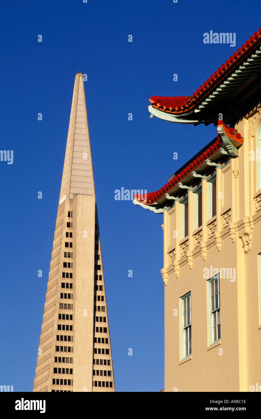 California, San Francisco, Transamerica building from Chinatown Stock Photo