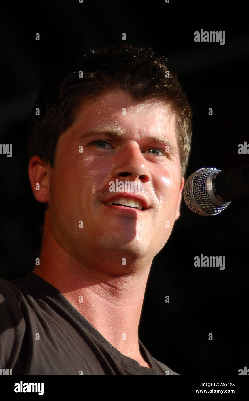Seth Lakeman performing at the 2006 Wychwood festival Cheltenham. - Stock Image