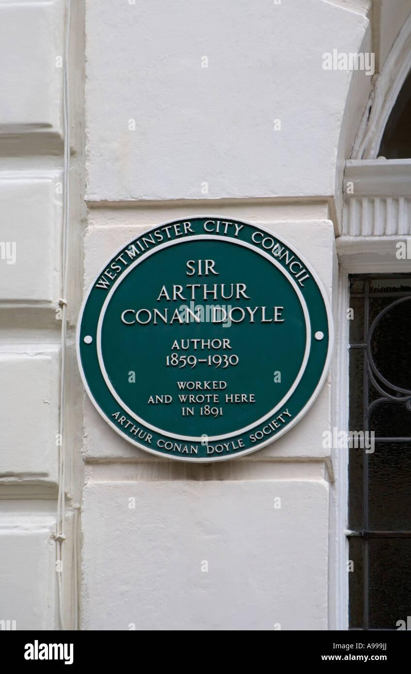 Sir Arthur Conan Doyle commemorative plaque at No. 2 Upper Wimpole Street, London - Stock Image