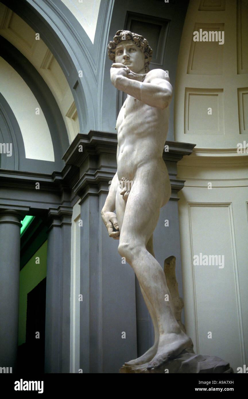 MICHEALANGELO STATUE  OF DAVID ACADEMIA DI BELLE ARTI FLORENCE  ITALY - Stock Image