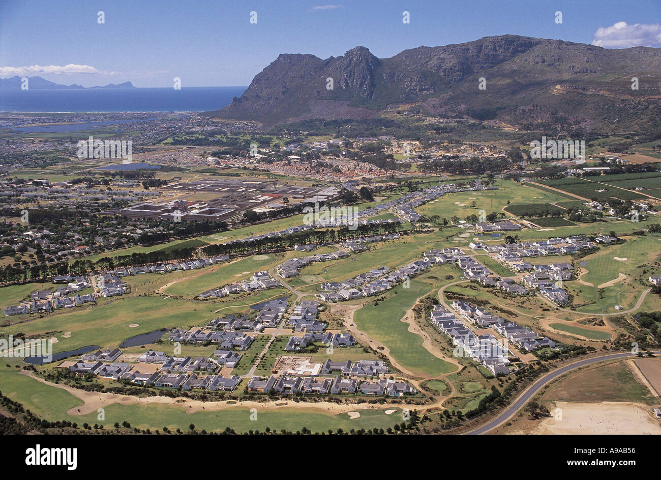 south africa steenberg golf course and wine estate in. Black Bedroom Furniture Sets. Home Design Ideas