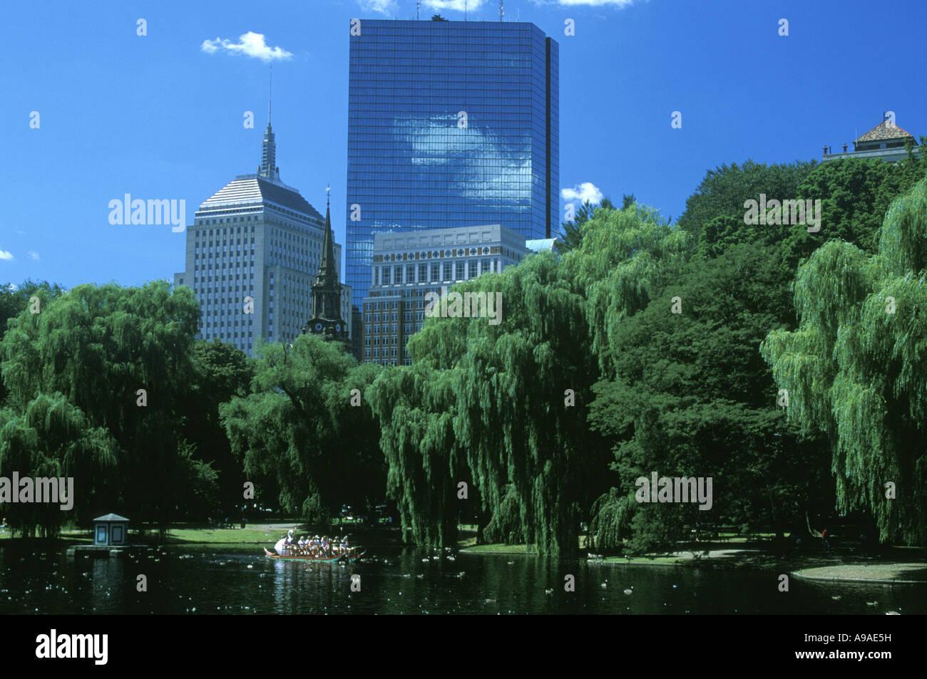 POND BOSTON PUBLIC GARDEN BOSTON  MASSACHUSSETTS USA - Stock Image