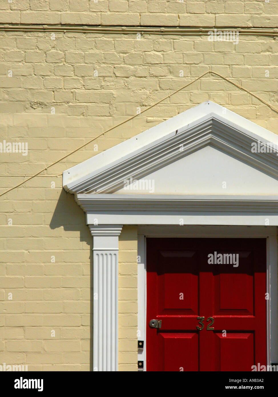 Maroon Door Stock Photos & Maroon Door Stock Images - Alamy