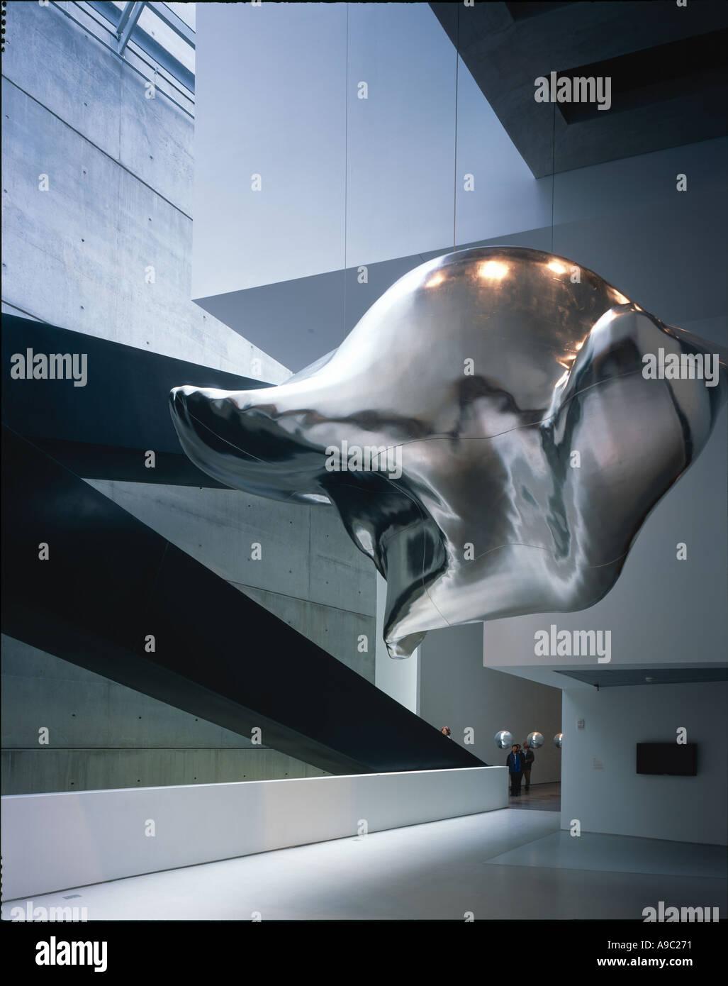 Cincinnati Contemporary Arts Center, Ohio, USA. - Interior. CONTAINS COPYRIGHT ARTWORKS. Architect: Zaha Hadid Stock Photo