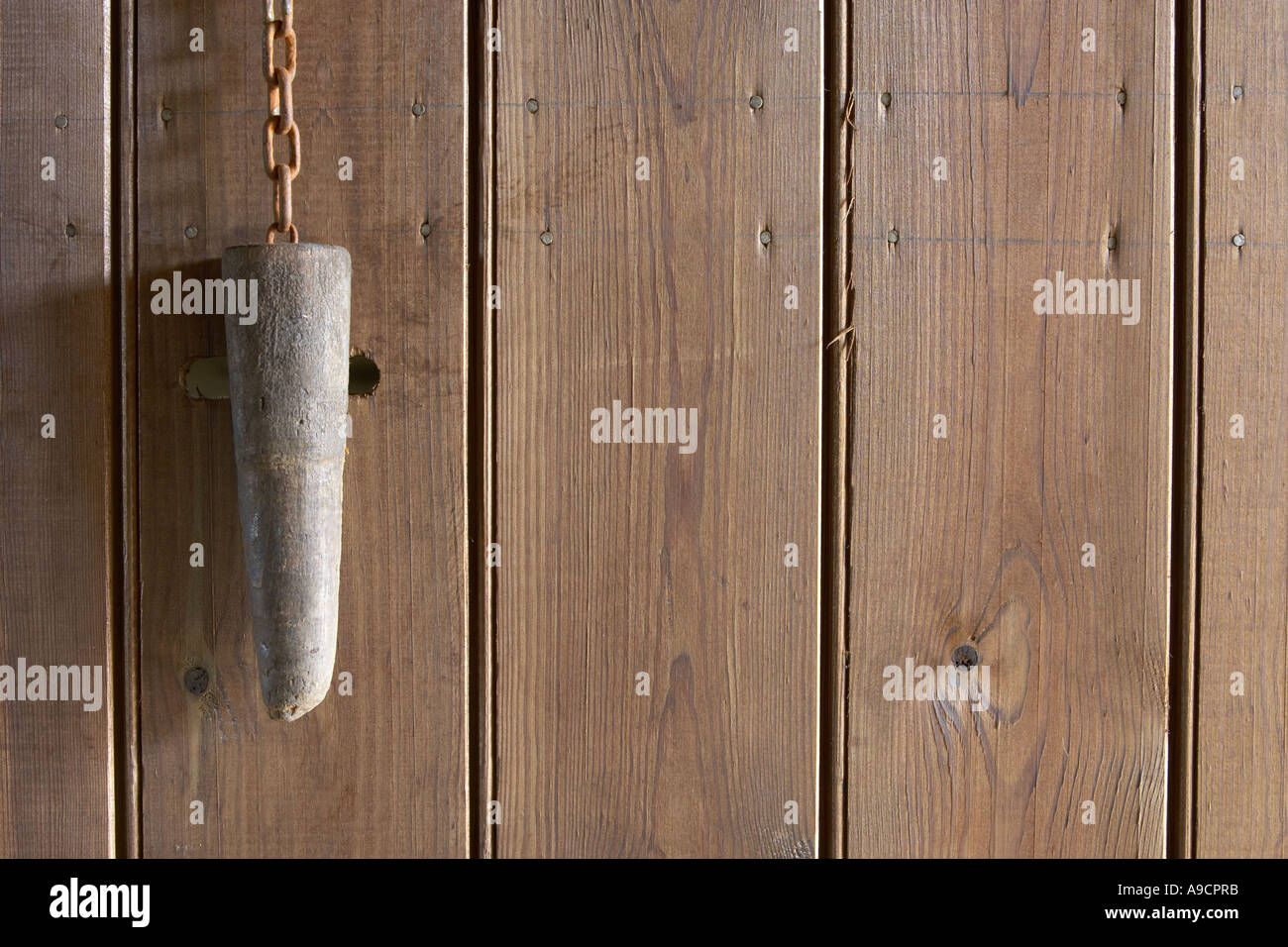 old door with peg fastener barn in Cumbria - Stock Image