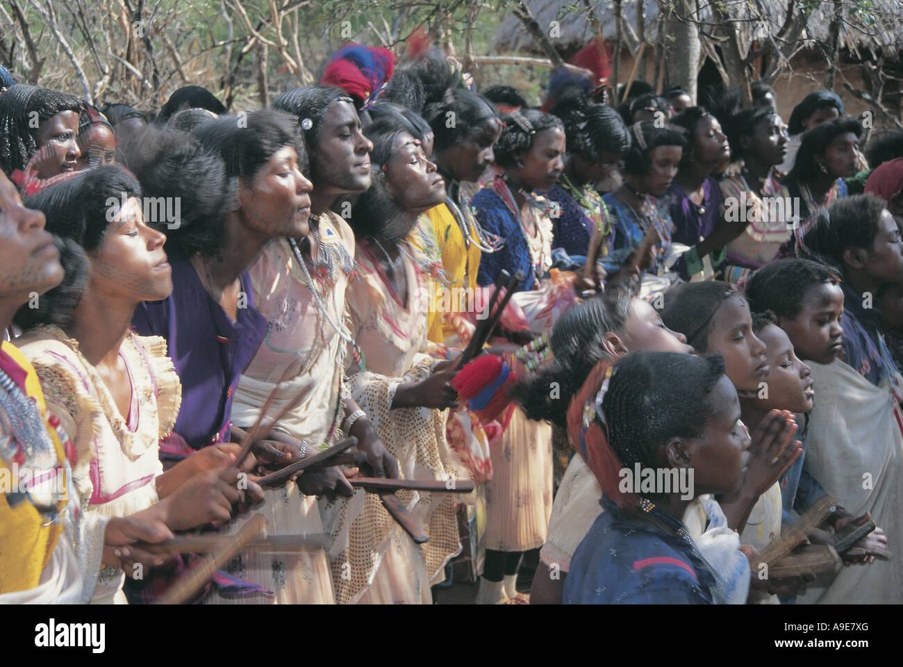 Fertility dance girls meet boys Lake Langano Ethiopia - Stock Image
