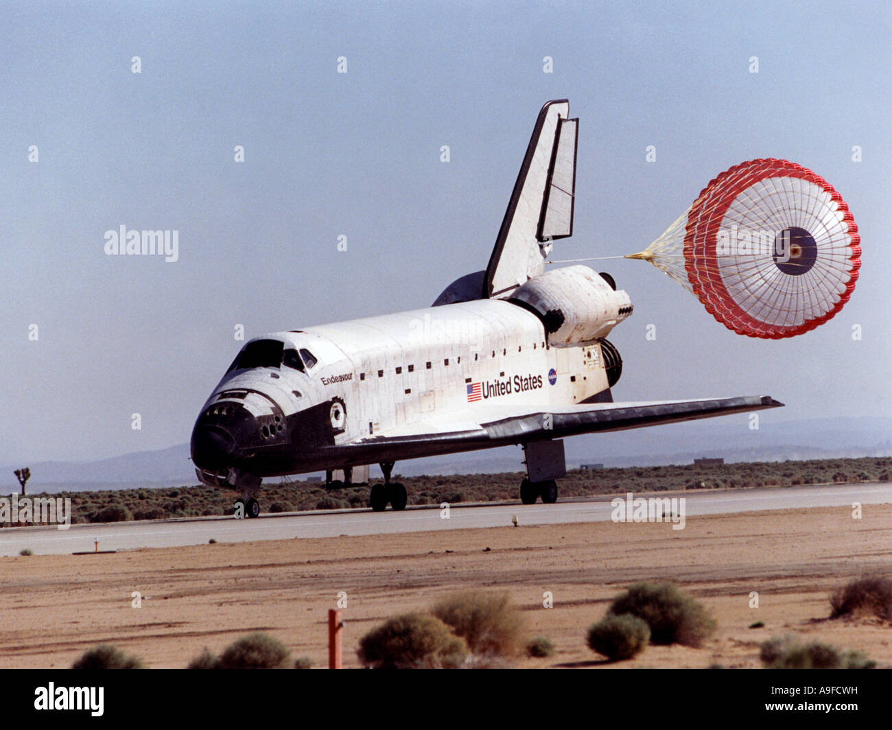 space shuttle landing at edwards air force base - photo #21