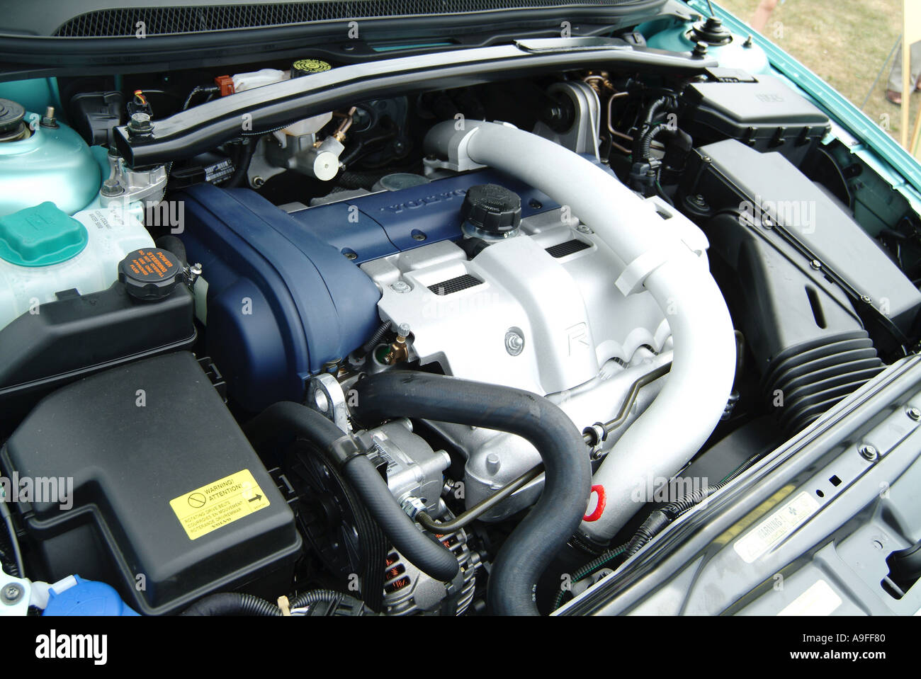 five 5 cylinder turbo charged engine volvo swedish car maker Stock